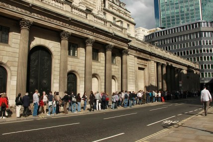 Queues in London
