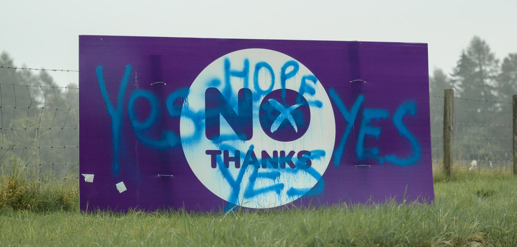 Scottish independence No Thanks sign defaced
